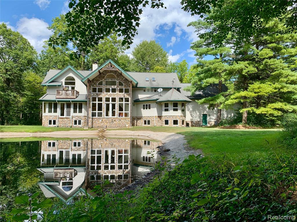 Magnificent Custom Home in  Ira Twp, Michigan 48023-2109